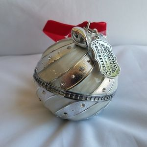 PANDORA 2018 Ornament & Charm Gift Set